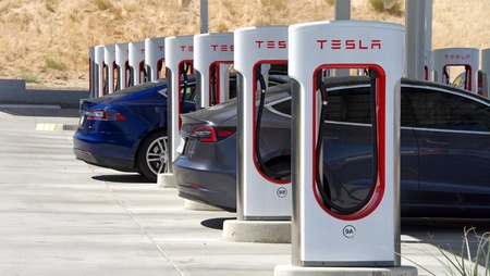 What Can We Learn From Tesla's Business Strategy?